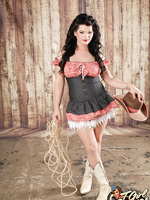 Hot Shemale Brittney Markham Poses as a Seductive Cowgirl