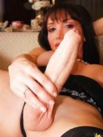 Beautiful shemale Mariana Cordoba has an uppercase cock