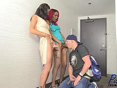 Christian fucks two gorgeous shemales in a hotel room