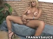 Tanned tranny blondie jerk off