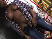 Chocolate tgirl Natalia Coxxx pees and poses
