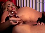 Sweet ladyboy Sapphire fucking her butt