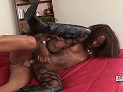 Black tranny stripper gets hard anal fucking