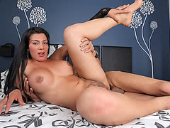TS Corolina gets her shemale ass fucked by hung Ramon