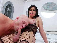 Chtirsian XXX pumps tight tranny ass