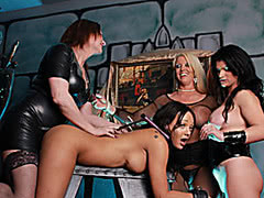 Whore Alura Jenson dominating hot tranny