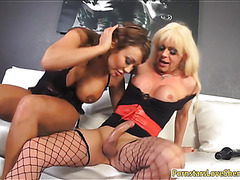 Huge boobs tranny Joanna Jet stuffs busty milf in her asshole