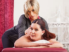 Masseuse Nina Lawless gets kinky with her mature client