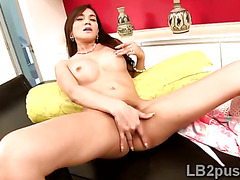 Horny shemale is desperate tu fuck with her new fake cunt
