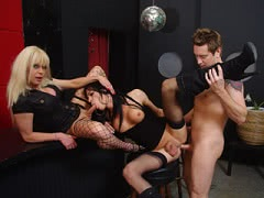 Two horny shemales Joanna Jet and Jordan Jay anal train