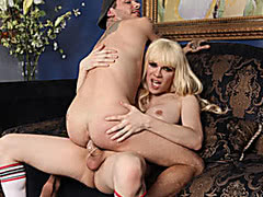 Huge boobs blonde shemale Jesse fucked dude in his anus