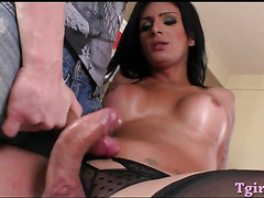 Huge titted tranny gets her asshole rammed on the bed