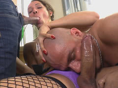 Latin Tranny Bianca Hills Gets Fucked By Guys
