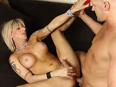 Blonde tranny babe takes big bare cock in the ass