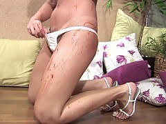 Sticky sweet shecock gets a jerkin