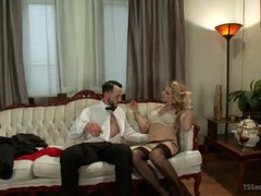 Blonde shemale Tyra Scott seduces a horny guy