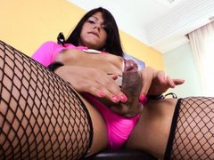 Sexy TS Duda Lopez shows her exotic body