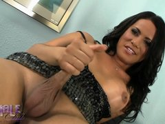 Sweet Keilana stroking her juicy shecock
