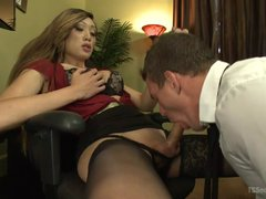 TS secretary Venus Lux fucks her boss in the office