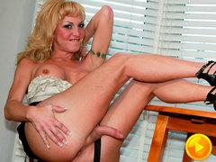 Shemale Pornstar Olivia Love