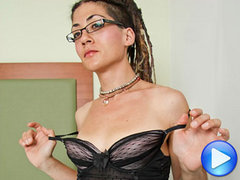 Sweet Virginian-tgirl Nina returns to Shemale Yum