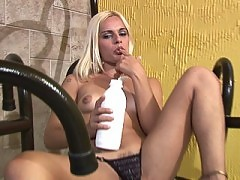Thick shecock gets bathed in cream before tugged