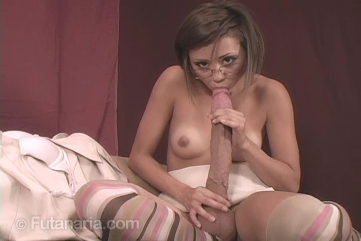 Dara a mature fucked in stockings 9