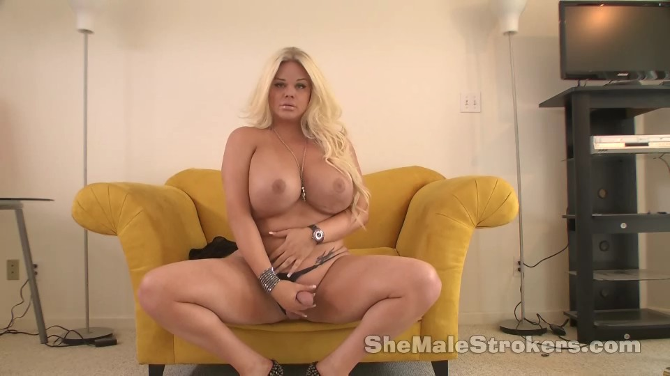 Big tits exposed public