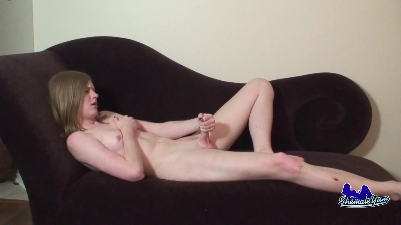 Shemales that love huge cock
