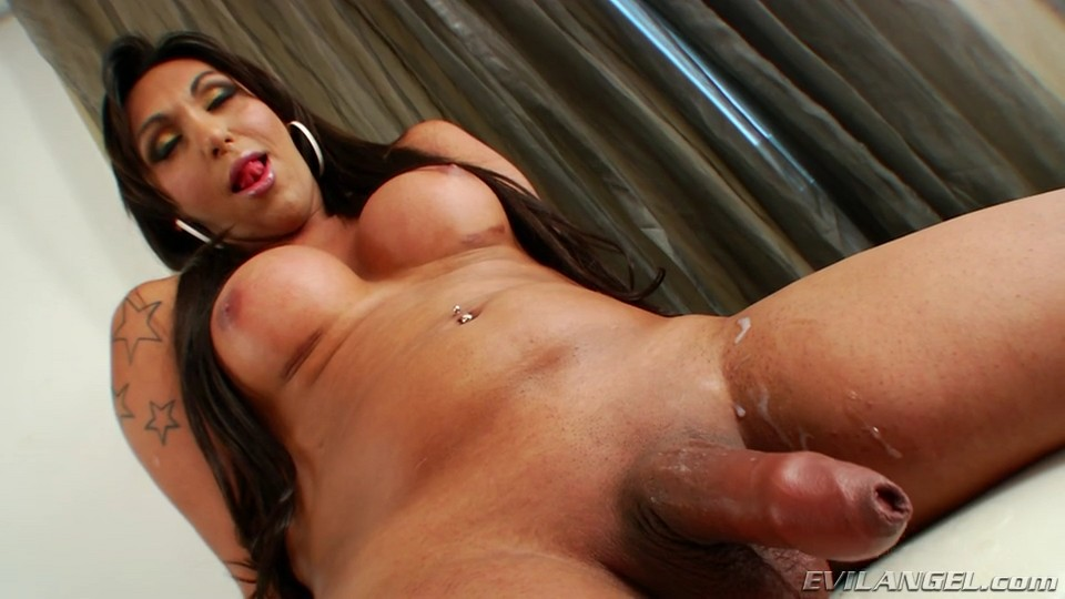 busty transvestite video jpg 1080x810